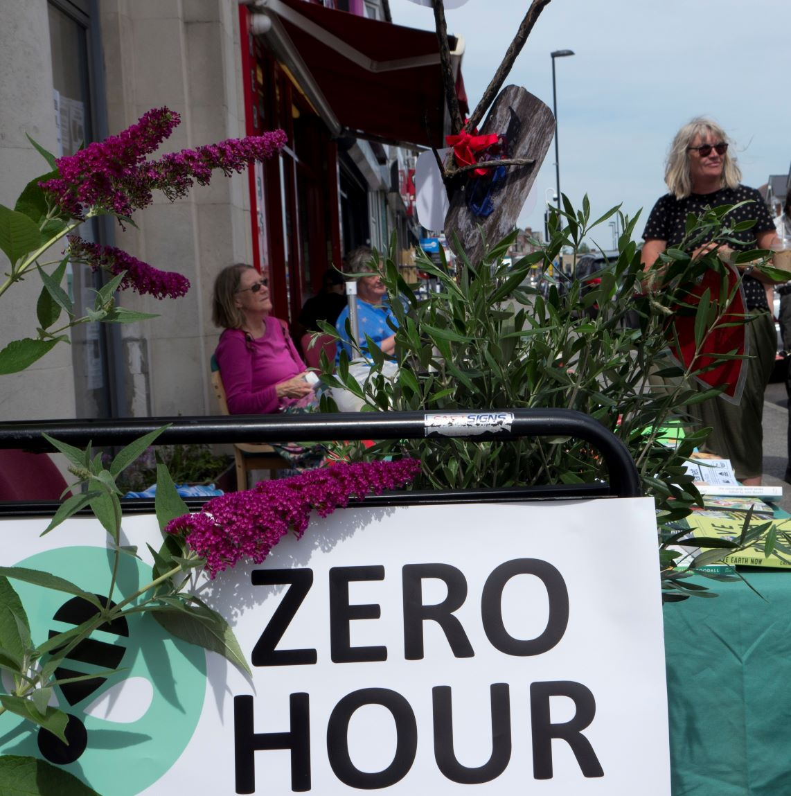 Pop up garden hits Portswood high street to highlight Climate and Ecological Emergencies Bill