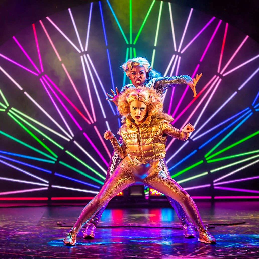 Preview: Magic Goes Wrong at Mayflower Theatre, Southampton